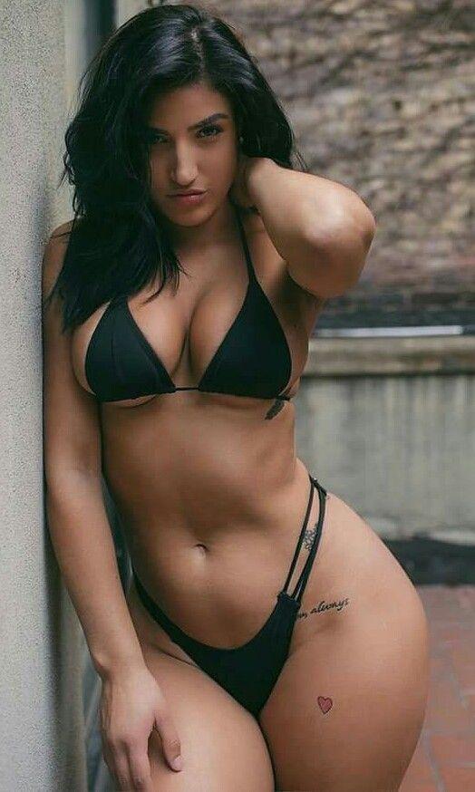 Latina bikini bbs