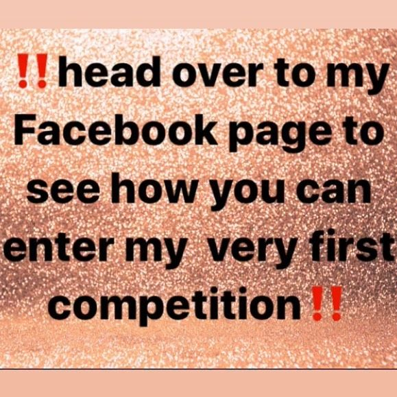 ‼️COMPETITION TIME‼️ Who would like to have the chance of winning a set of gel nails for YOU and a FRIEND including glitters, foils and nail art 😍 Not only that you will also receive 6 homemade delicious nail themed cupcakes by the very talented Luna cakes ! Head over to my Facebook page to see further details . . . #competition #facebook #nails #cakes #gelnails #n