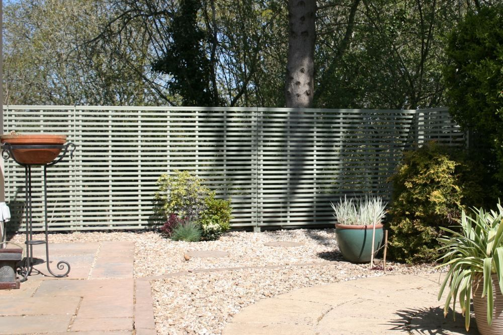 Painted Trellis Ideas Part - 26: Painted Garden Screening Panels From Trelllisdirect.co.uk