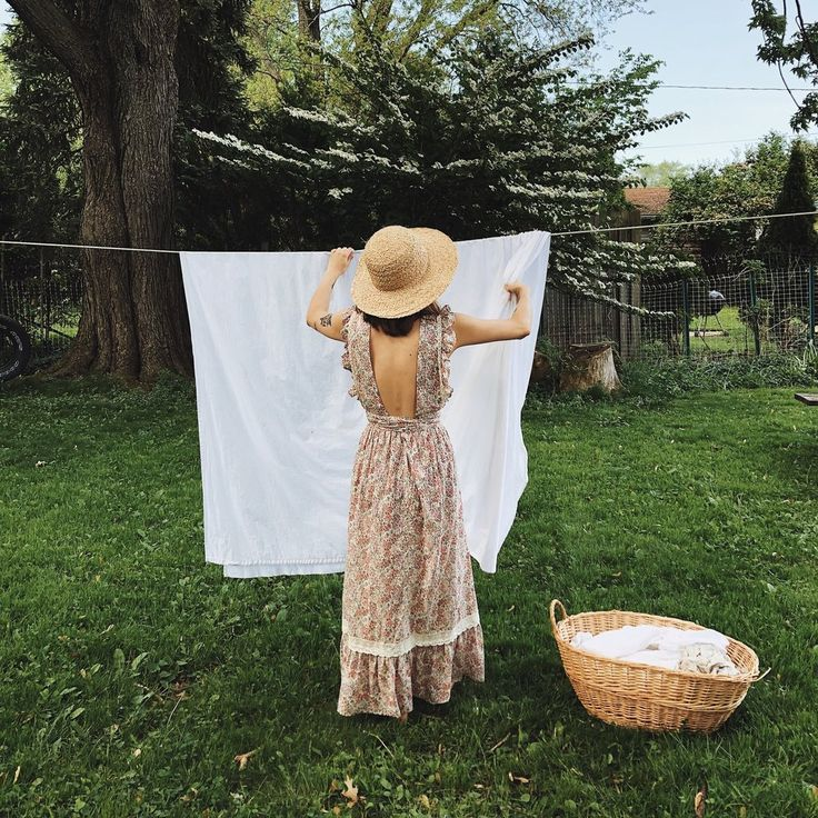 kaetlyn anne laundry sustainable laundry girl in calico #vintageaesthetic #slowliving #home #sustainable #aesthetic