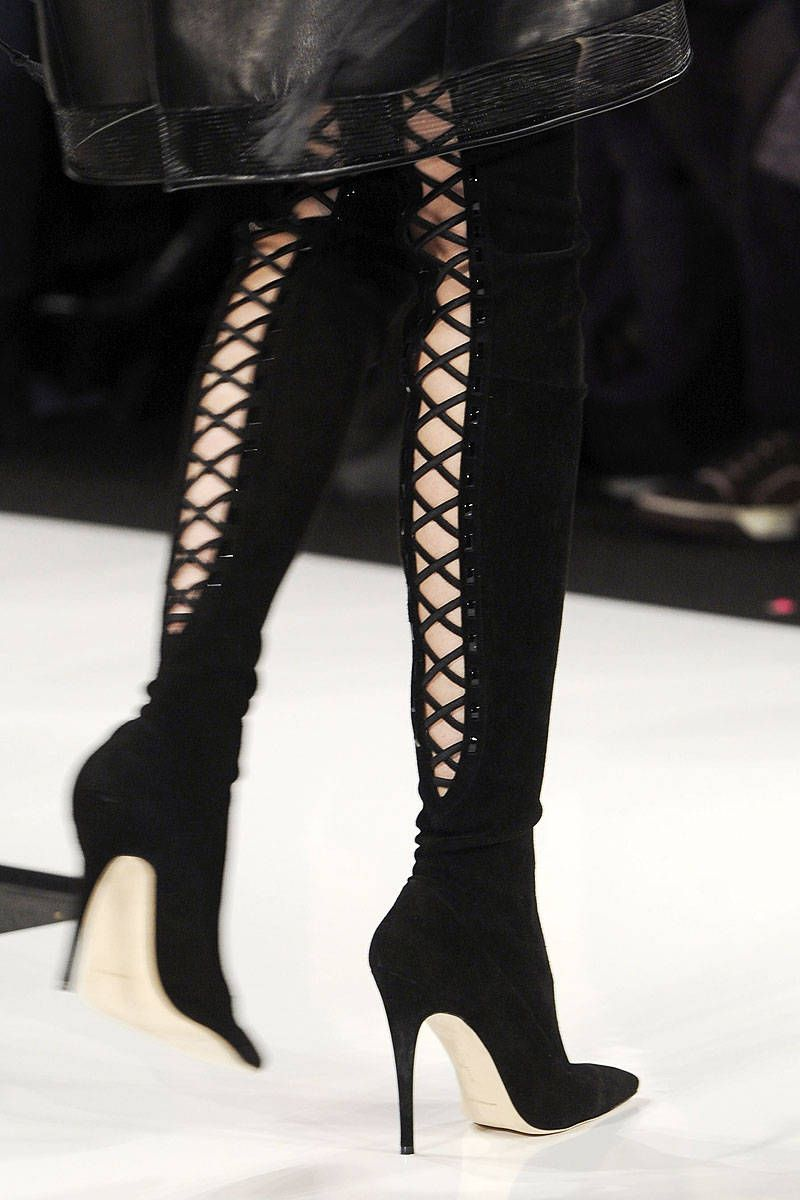 Ralph Rucci Fall 2013 Ready-to-Wear Detail   Nuggets ...