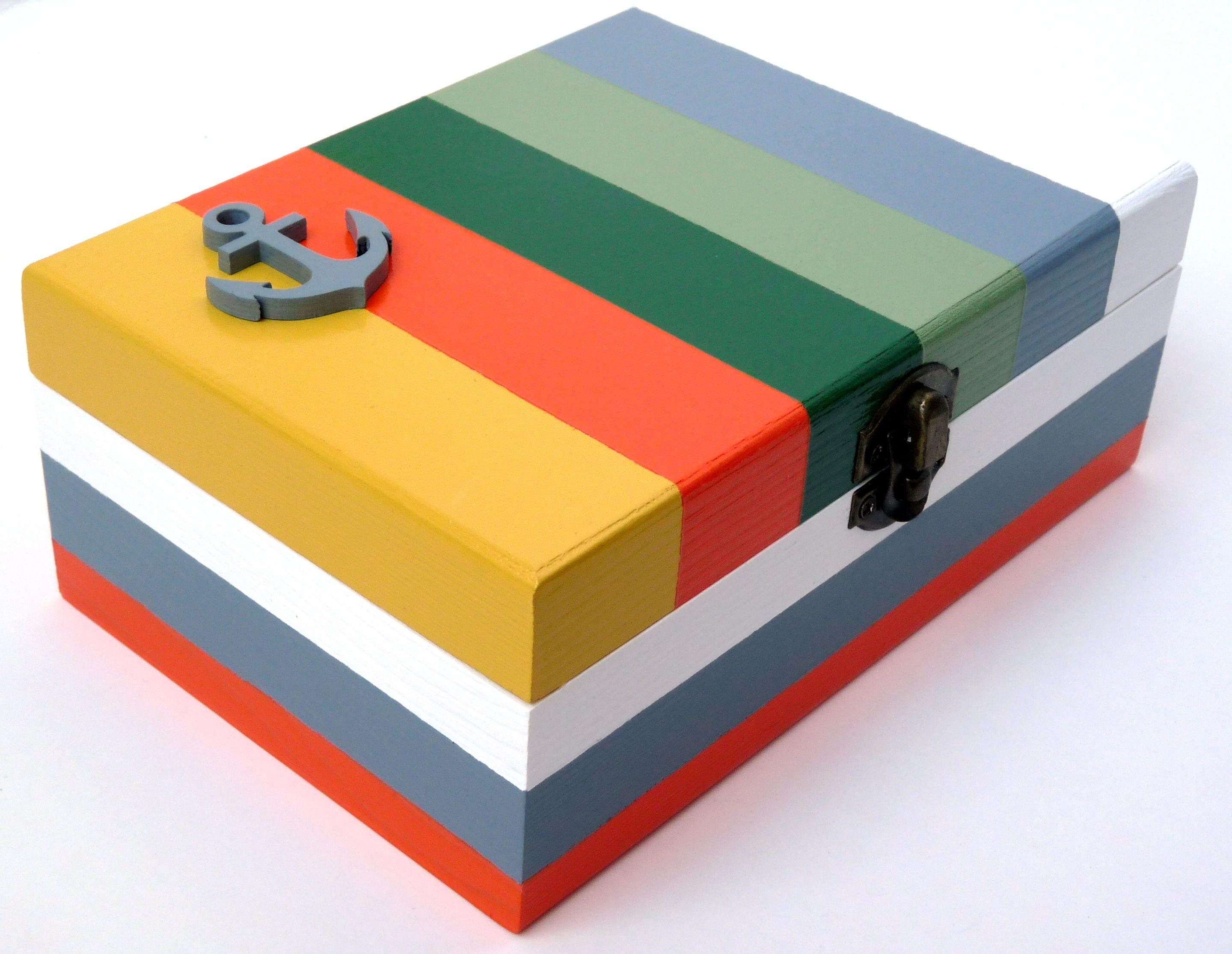 Caixas personalizadas! Todos os trabalhos visam retratar temáticas, cores e padrões de outros tempos. 100% Handmade e 100% Made in Portugal. www.facebook.com/inboxhandmade