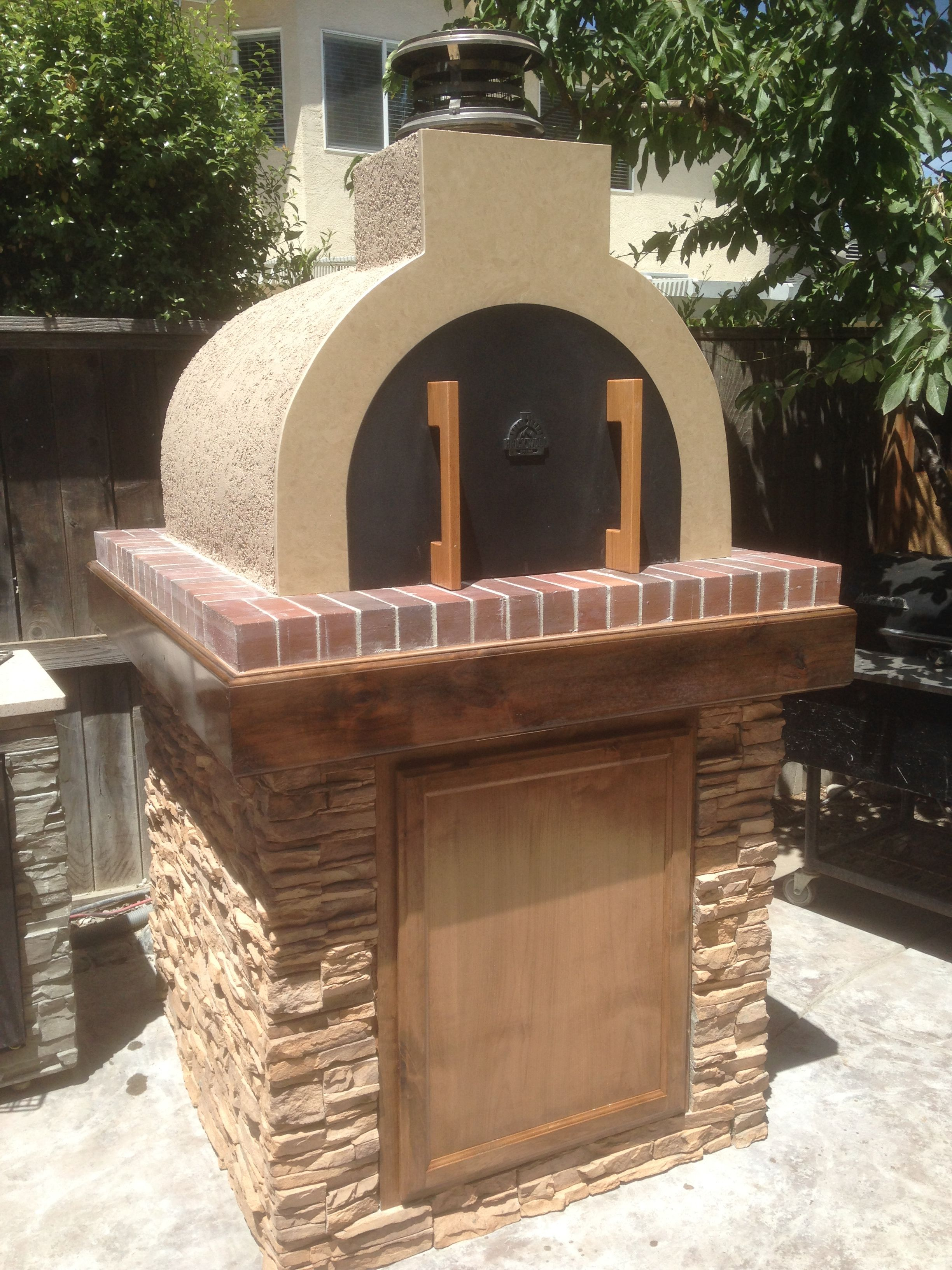 the grgich family wood fired brick pizza oven in california by