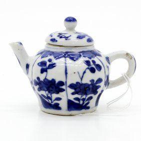 18th Century China Porcelain Teapot