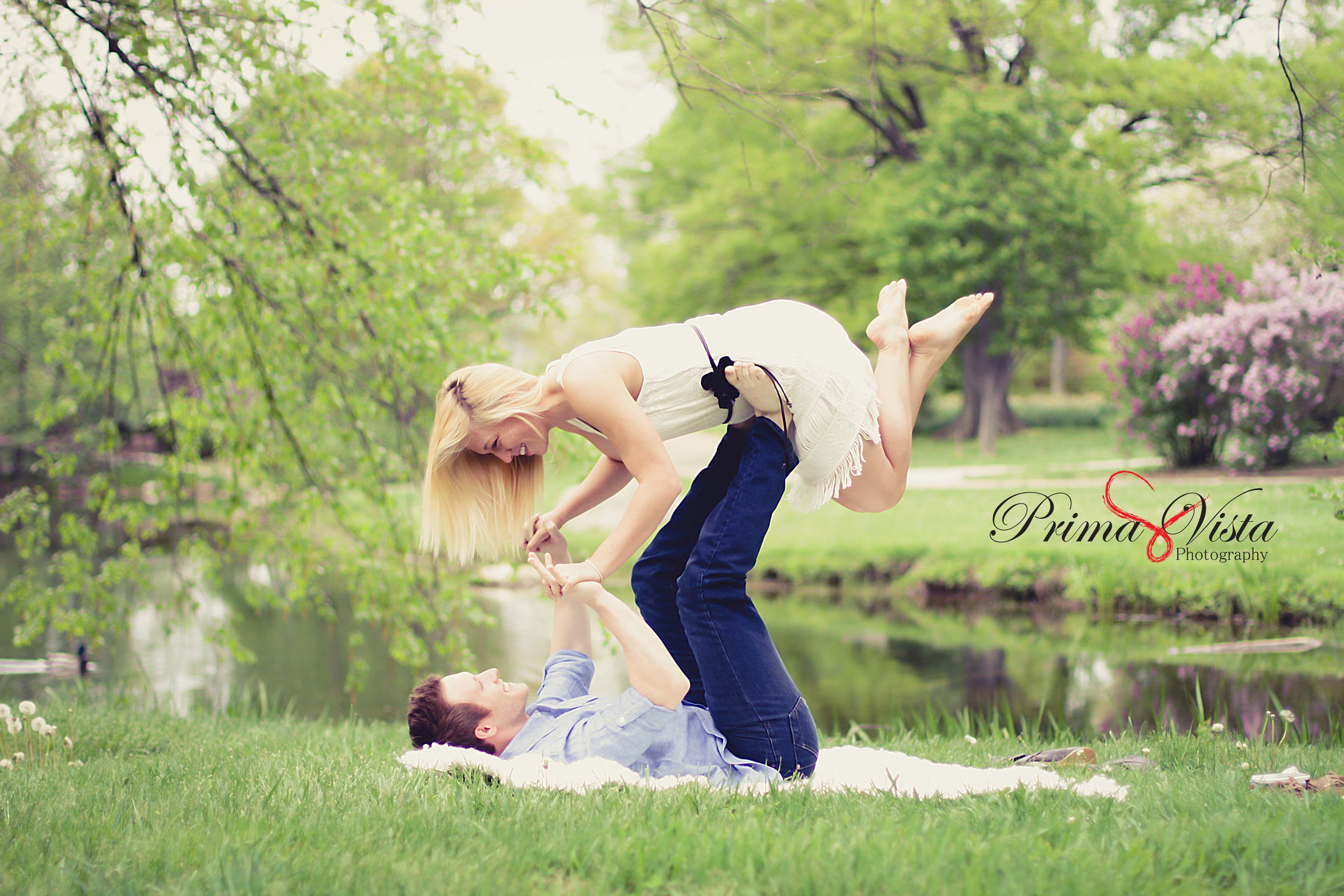 Engagement, Photo Idea, Couple, Blanket, Fun, Poses. Www