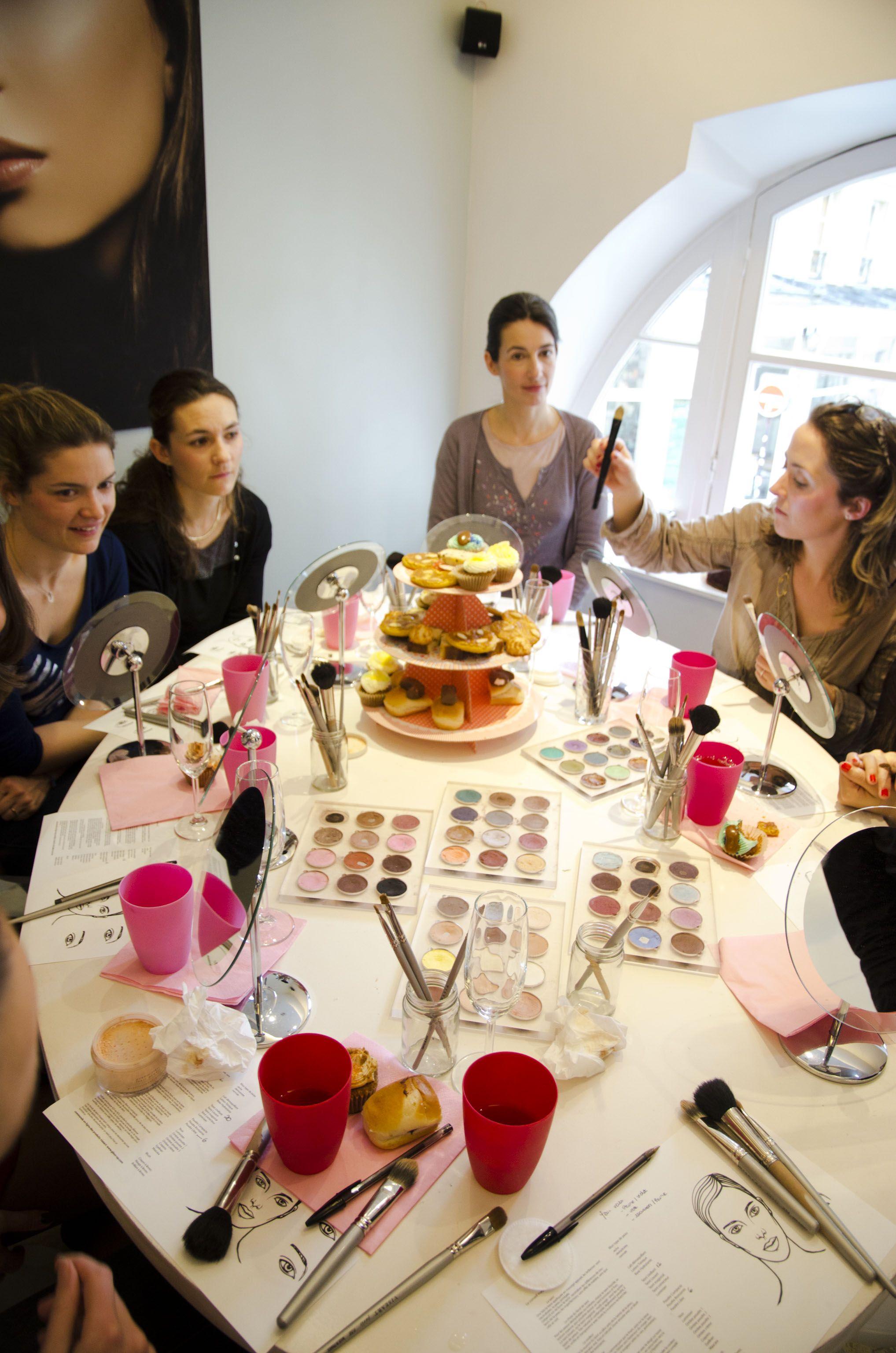 Idees D Activites Atelier Maquillage Entre Copines Evjf