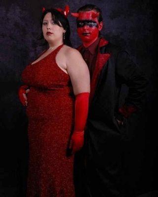 Satan Goes To Prom Awkward Photos Pinterest Best Awkward - 38 awkward prom photos ever