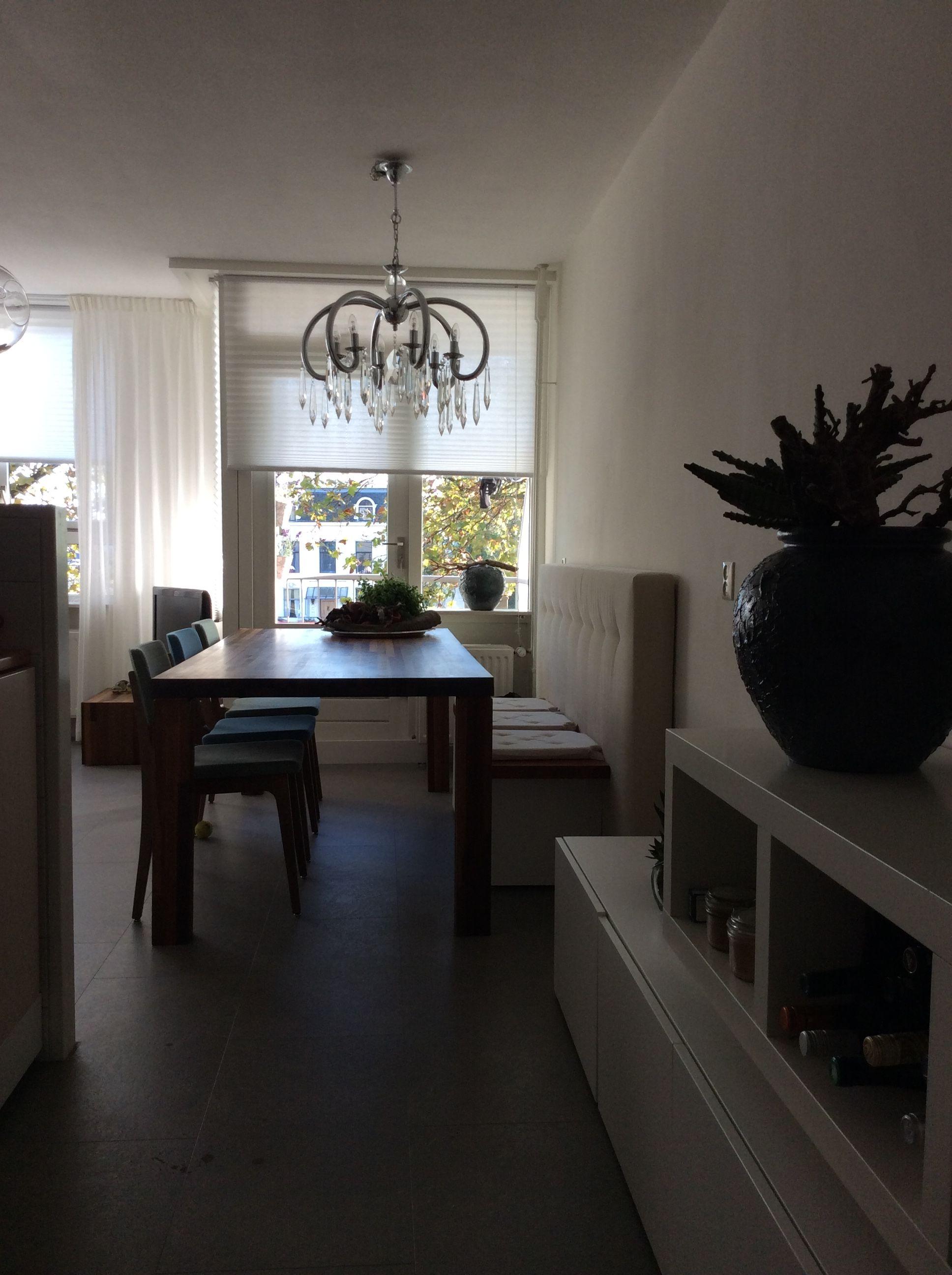 Kleine woonkamer met grote eettafel | Jo | Pinterest