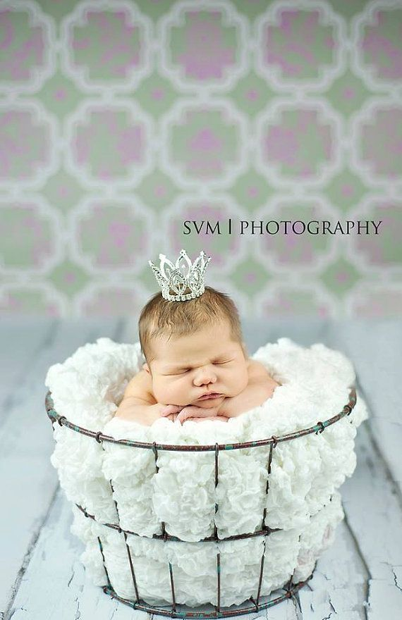 Newborn crown photography prop