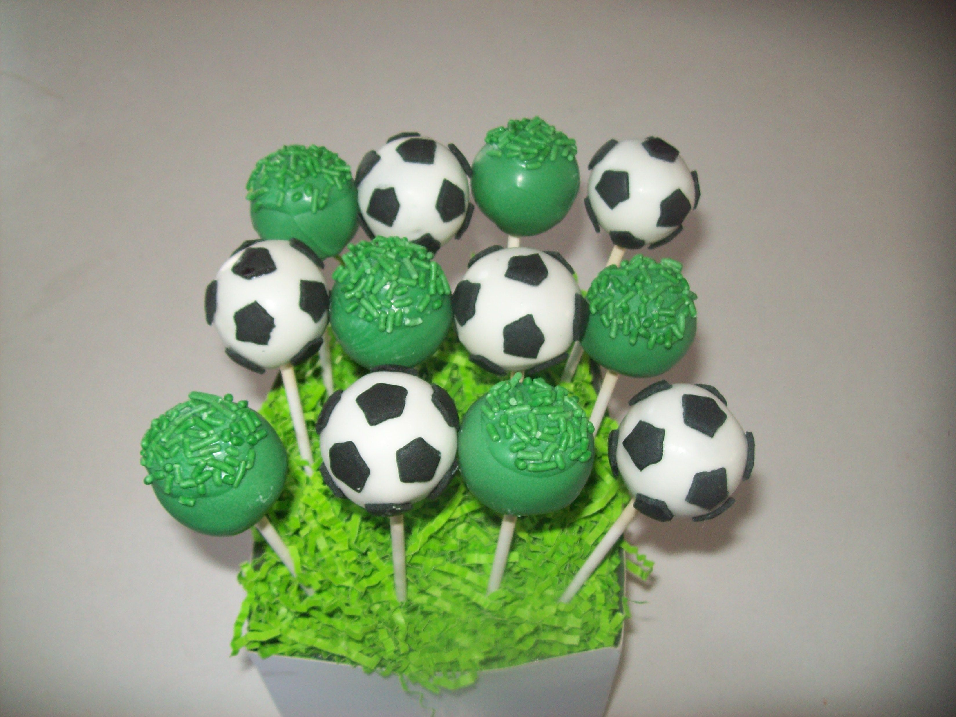 Pin By Heather Petersen Pineda On Cake And Things I Have Made Soccer Birthday Parties Soccer Cake Pops Soccer Ball Cake