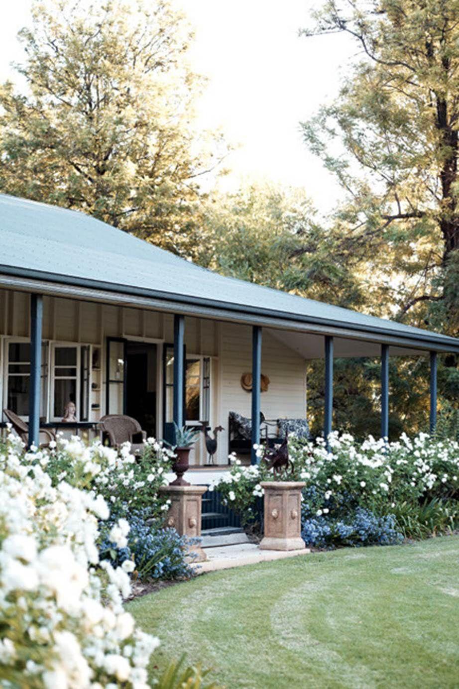 Queensland country garden  Farmhouse garden, Front yard