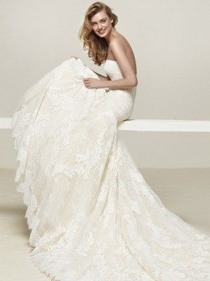Browse Pronovias Druida Stunning Fit Flare Full Lace Gown In A Delicate Strapless Lace Neckline Available To Order With Or Vintage Wedding Dresses