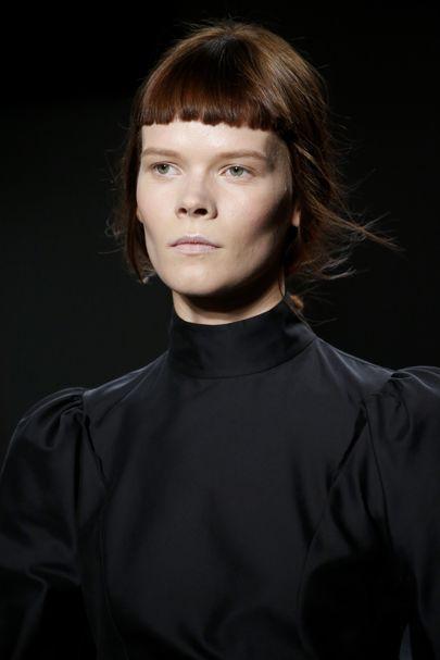 Derek Lam Autumn/Winter 2016 Ready-To-Wear Details | British Vogue #HighNeckLine #DerekLam #NYFW