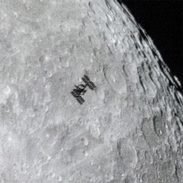 O'Donnell posted this close-up on his website to show the ISS's modules and solar arrays in greater detail. June 30, 2015