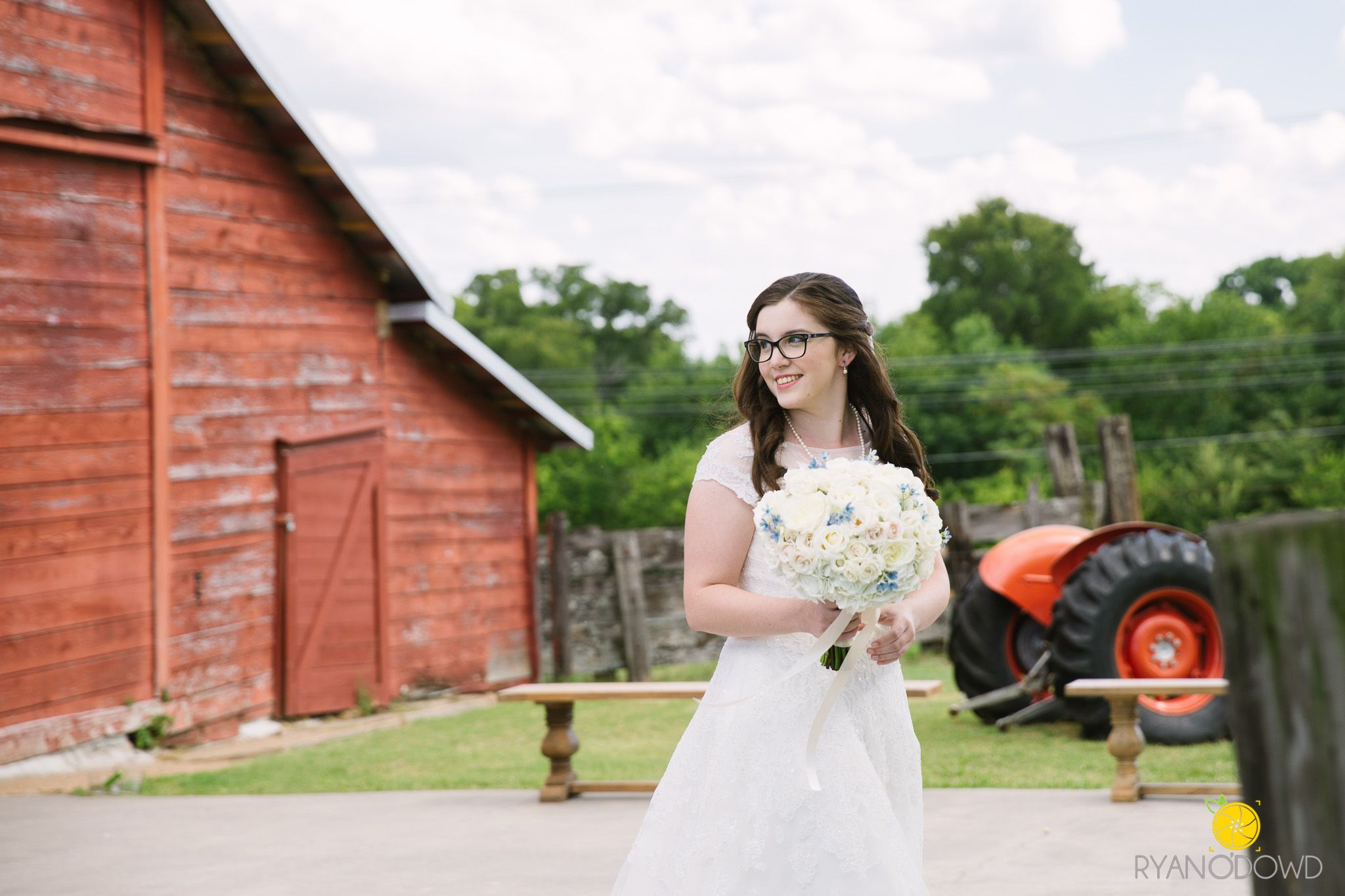 Best Dallas Wedding Photographer Rustic Grace Estate Bride Red Barn