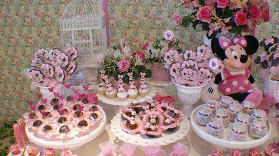 Que tal como tema, Festa da Minnie Rosa para sua filha???Imagens retiradas do blog JulianaInglês.Lindas ideias e muita inspiração.Bjs,FabíolaTeles.Mais ideias lindas:Juliana I...