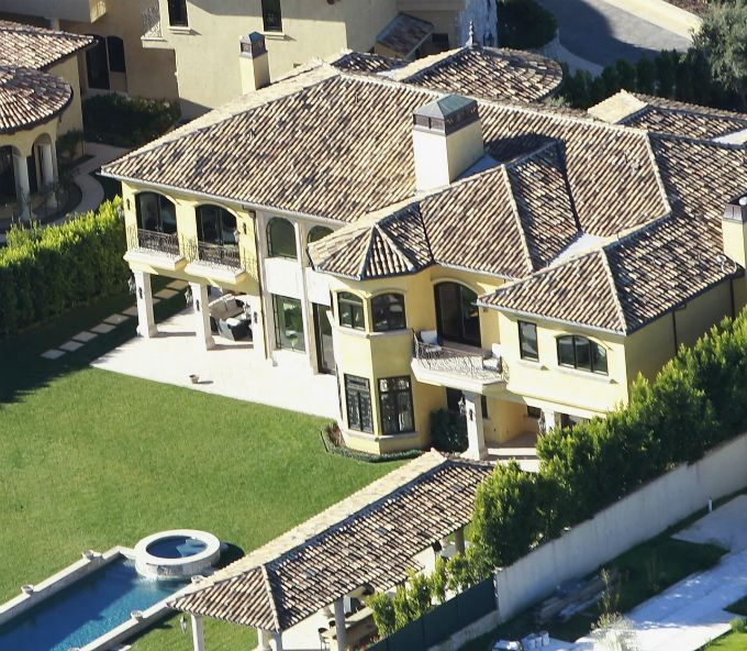 First Look Kanye West And Kim Kardashian S New Mansion Mansions At Home Movie Theater Celebrity Mansions