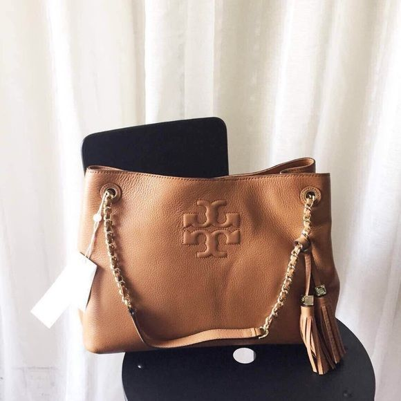 1f5ebf3f496c Tory Burch Thea Tote Bag  tan Rare color authentic and NWT Tory Burch Bags  Totes