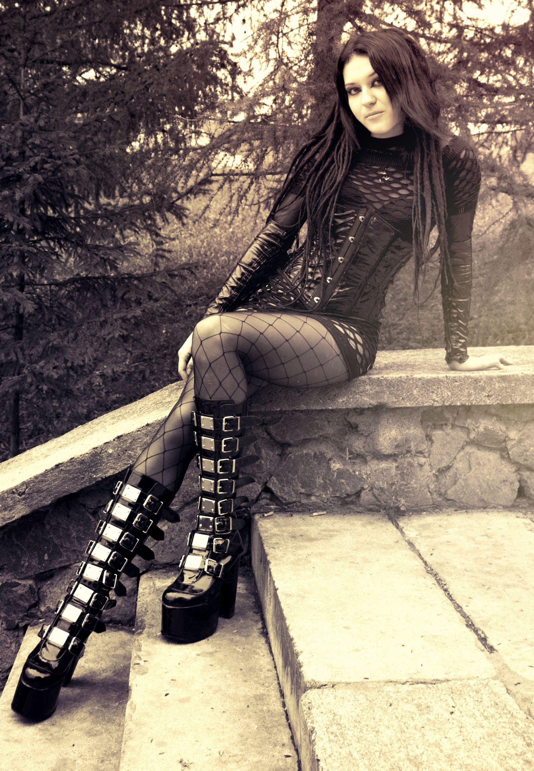 Beauty gothic art gothic chic cybergoth gothic girls goth style gothic