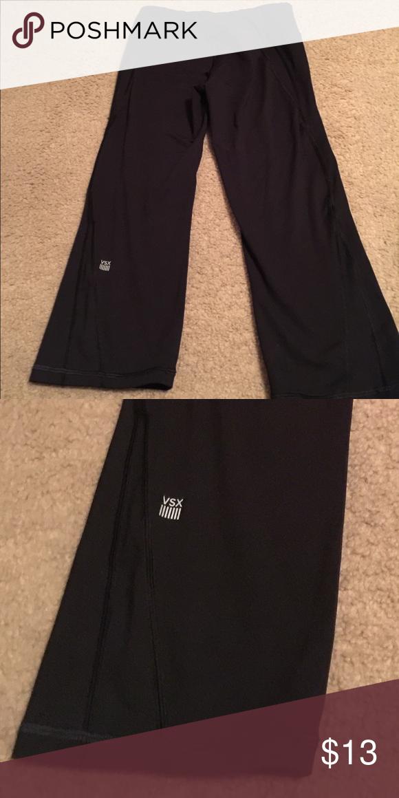 8a034f8e100b6 Capri workout leggings. Victoria secret Capri. Never worn Victoria's Secret  Pants Leggings