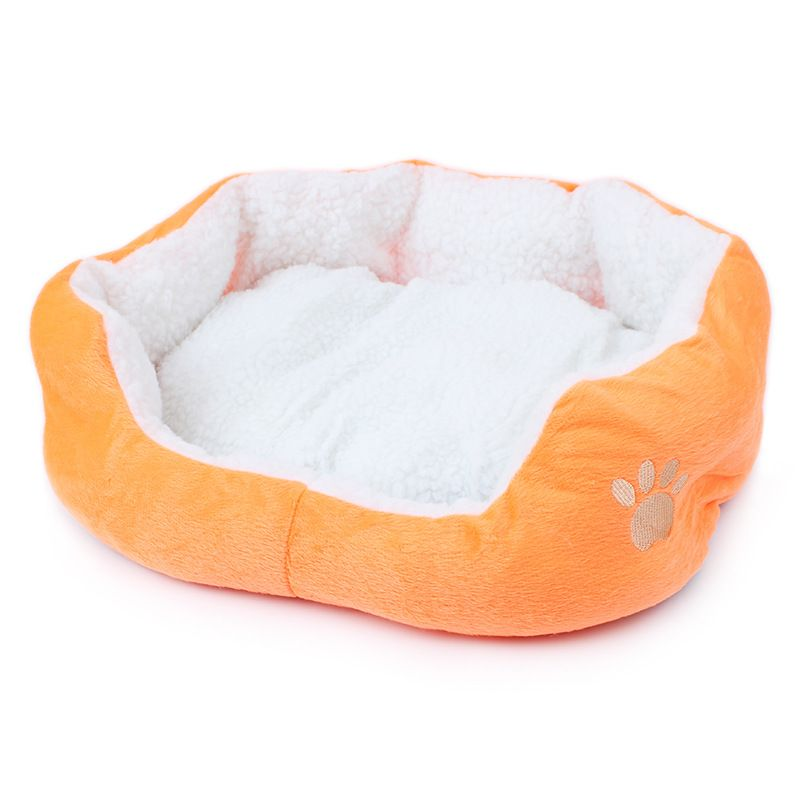 Dog Bed Basket for Winter. Discount price $18.99. Free shipping worldwide. #dogbed #dogbeds #bedfordog #bedformediumdog #bedforsmalldog