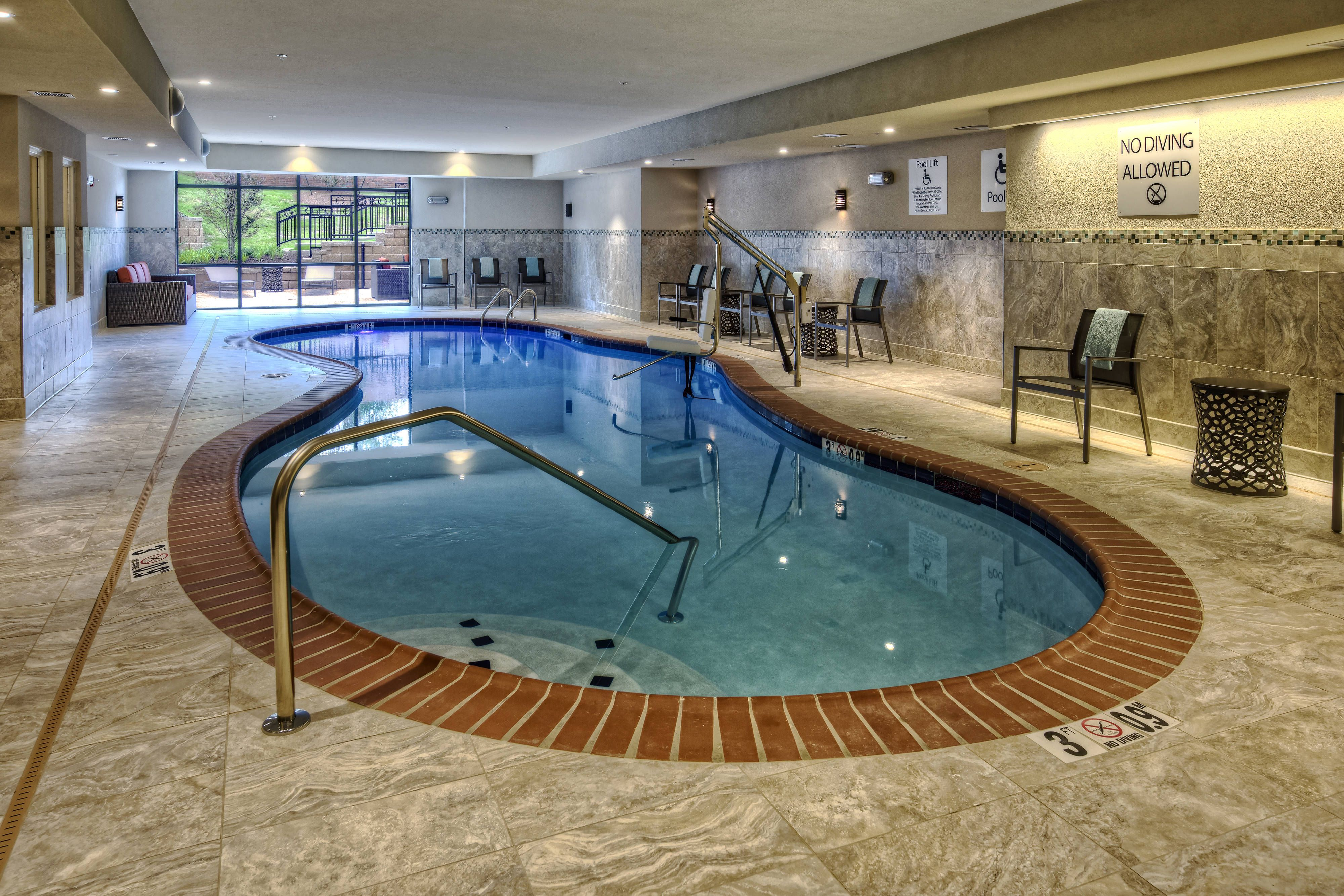 Courtyard Oxford Indoor Pool Comfortable Traveling Holiday Indoor Pool Courtyard Hotel
