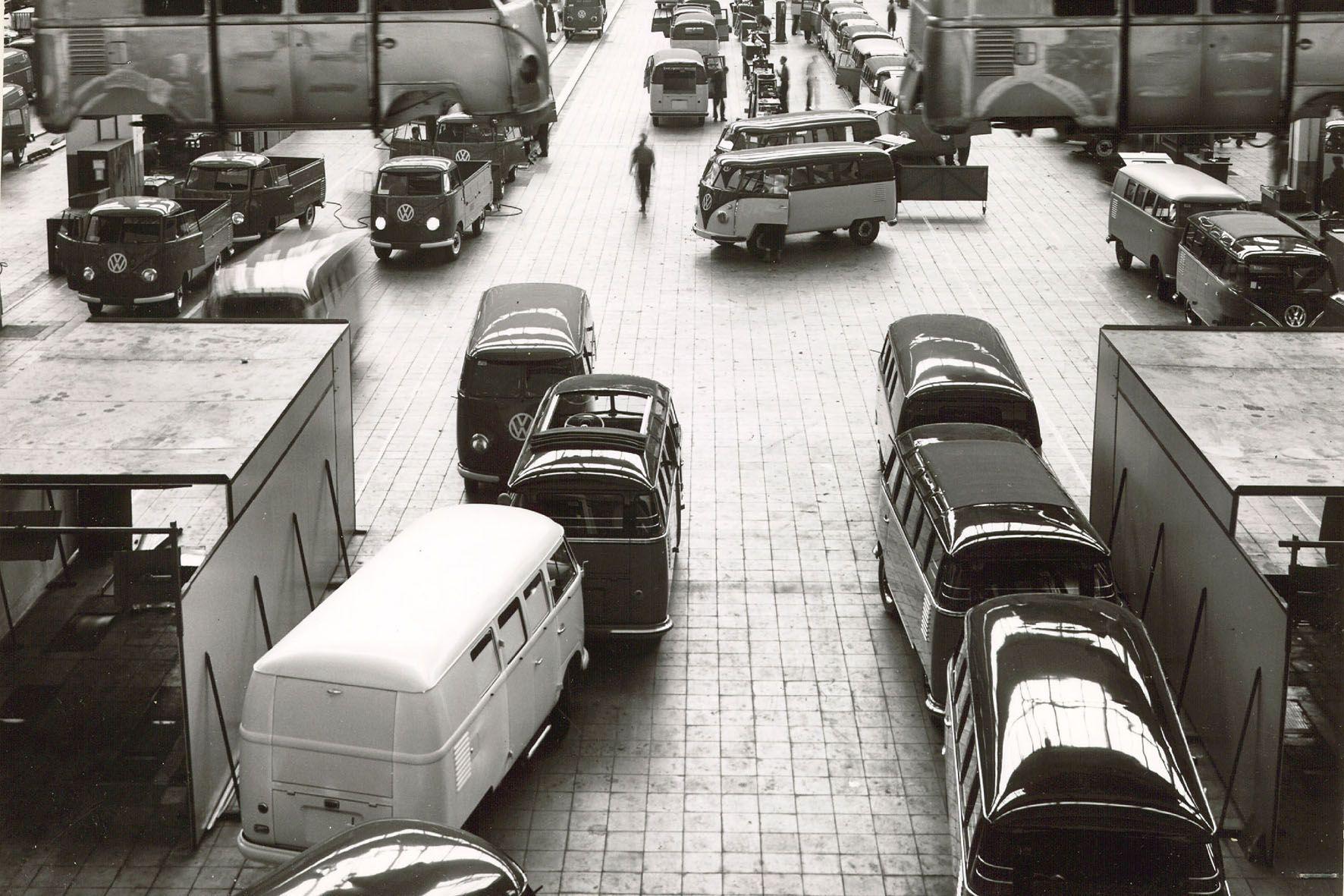 VW Barndoor factory