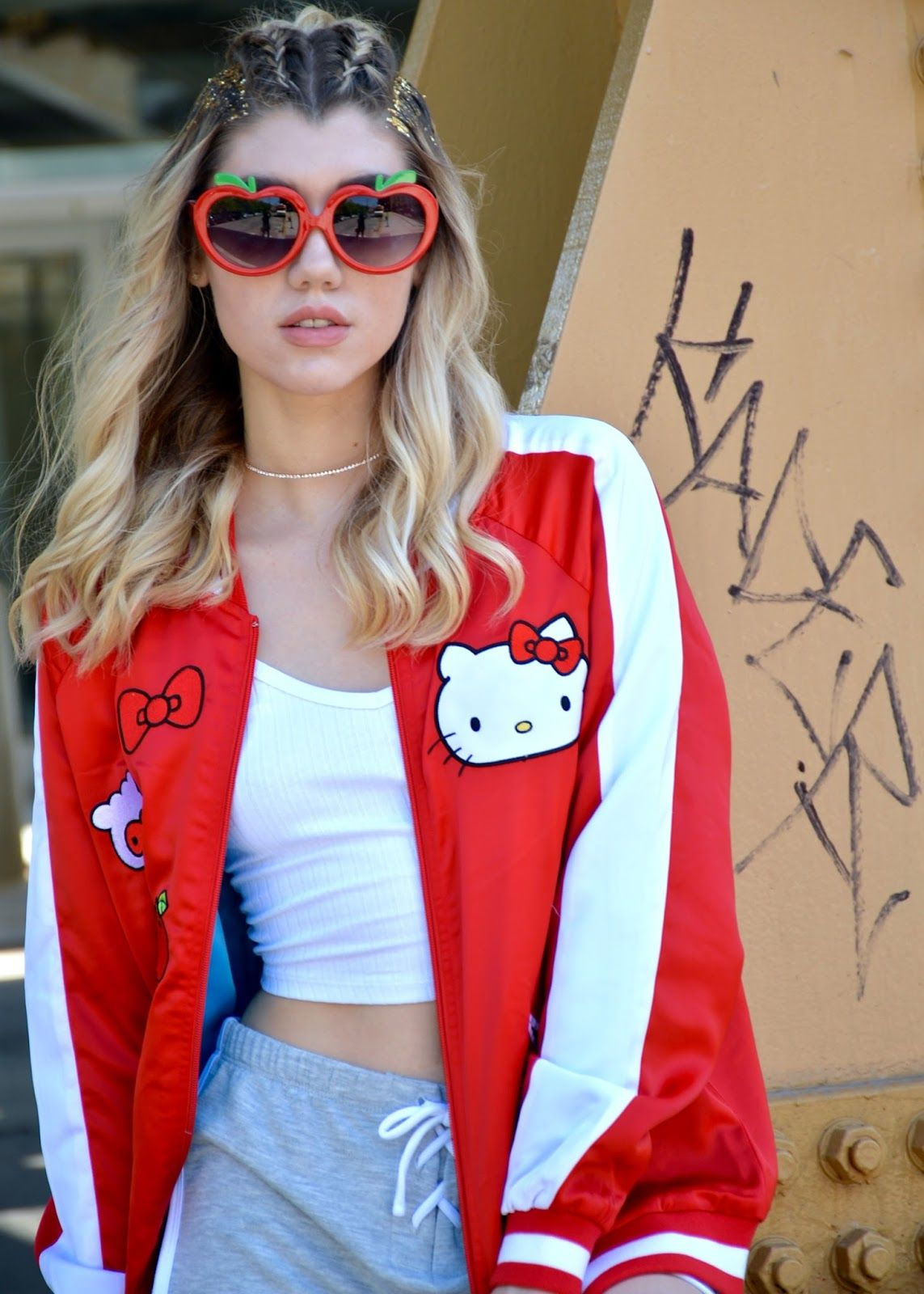 Pin On Fashion Bloggers We Love [ 1600 x 1143 Pixel ]