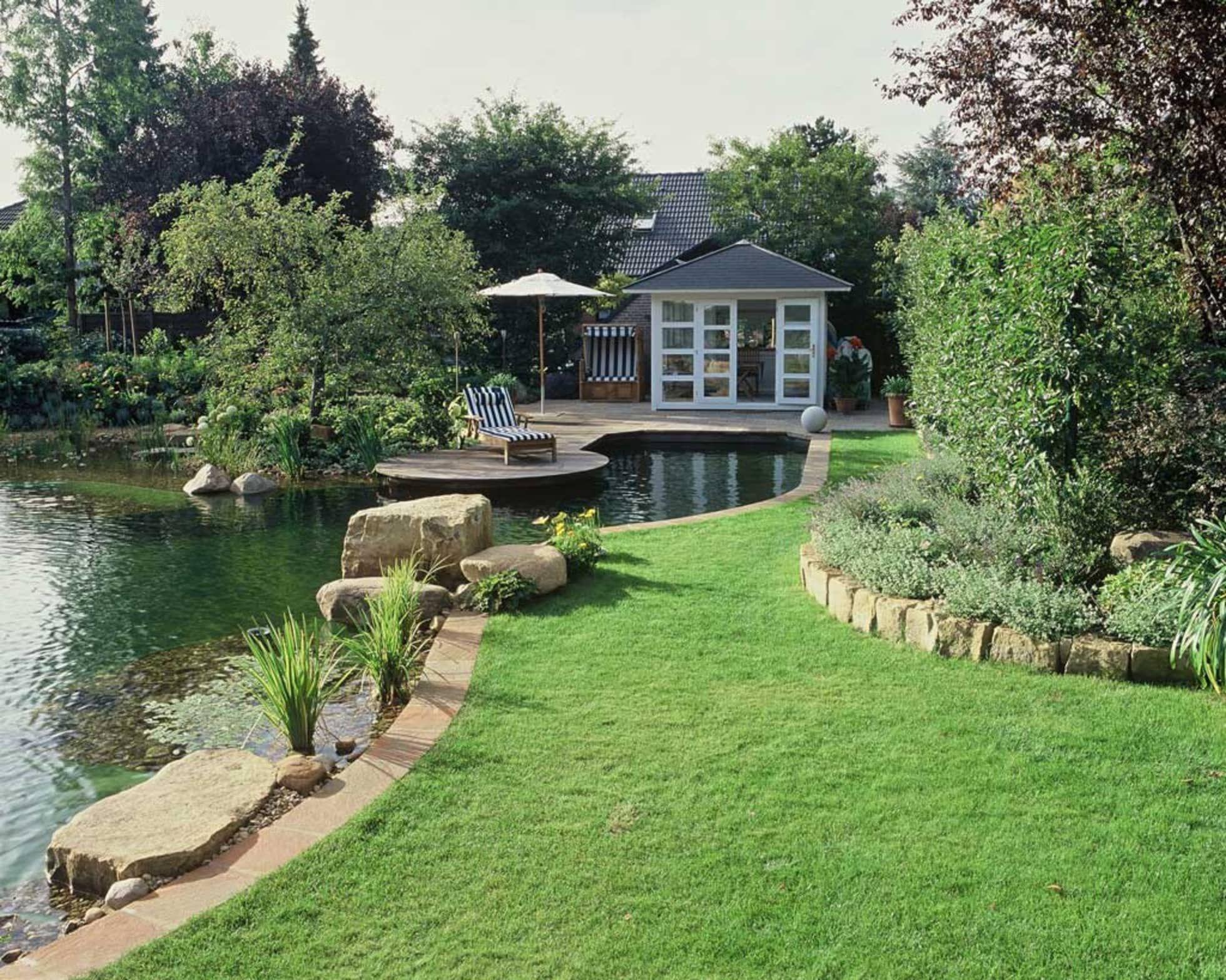Schwimmteich In Neustadt Moderner Garten Von Kirchner Garten Teich Gmbh Modern Homify Schwimmteich Naturschwimmbecken Garten