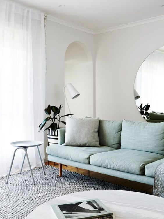 Spiegel achter de bank | Woonkamer | Pinterest | Minimalist ...