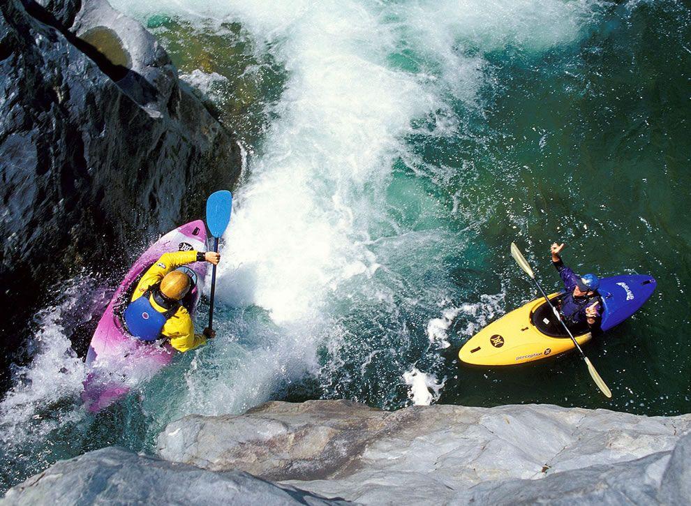 Whitewater Adrenaline Rush Extreme Kayaking [45 Photos, 5