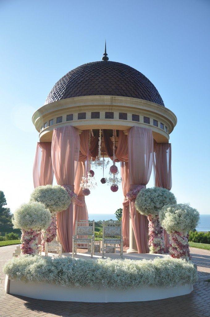 Pink and white dream by Nisie's Enchanted Florist.  #mandap #floraldesign #wedding #weddingdecor