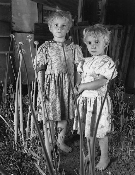 Girls in Onion Patch (photo: Shelby Lee Adams ...