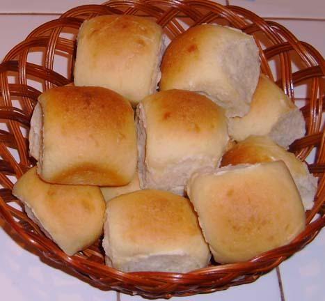 Hawaiian Sweet Rolls (Bread Machine).