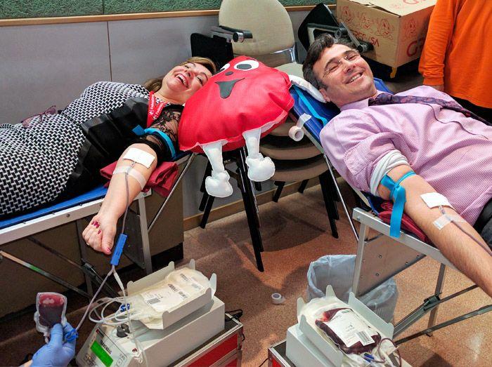 114 donaciones es lo que conseguimos en el primerEl Reto gota a gotadel 2017 Barcelona + Granollers. El evento en el que los inmobiliarios solidarios nos volcamostrabajando juntos buscando y dando sangre. Elviernes 27 de enero, por primera