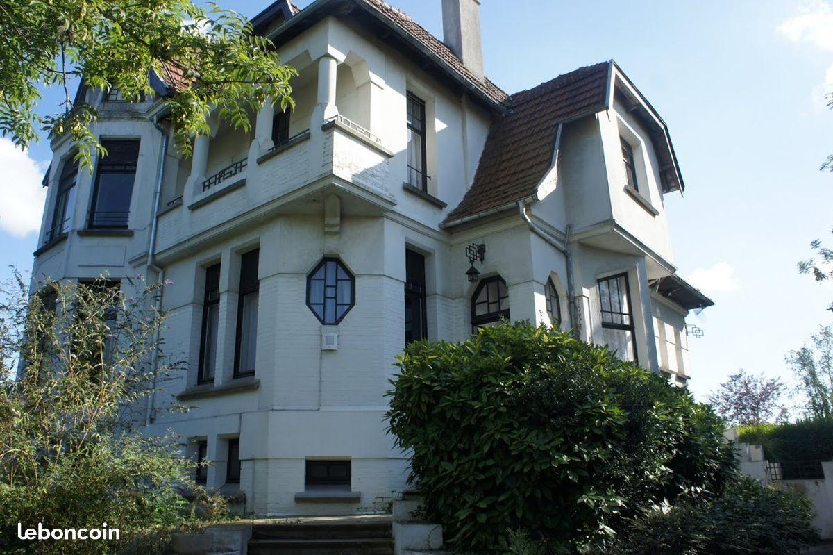 Très Belle Villa Art Deco Dans Un Grand Parc Ventes Immobilières Nord Leboncoin Fr Belle Villa Maison Style Maison A Vendre