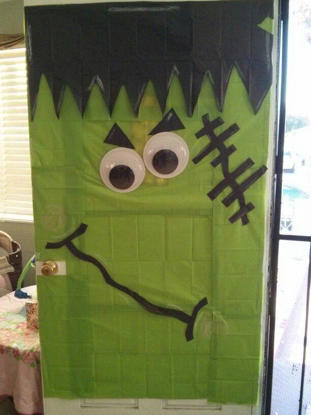 Halloween door: #halloweendoordecorations