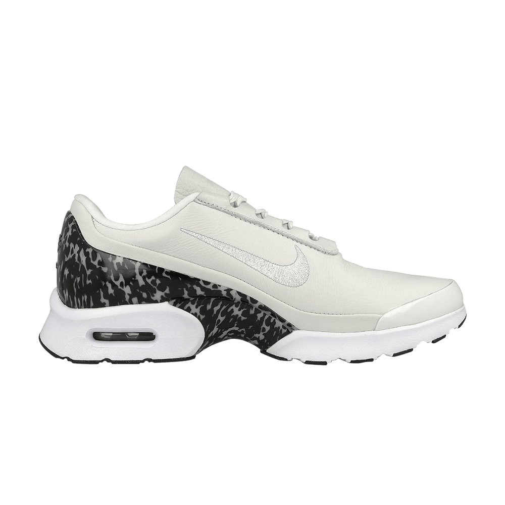 Wmns Air Max Jewell LX 'Luxe Look' in 2020 (With images