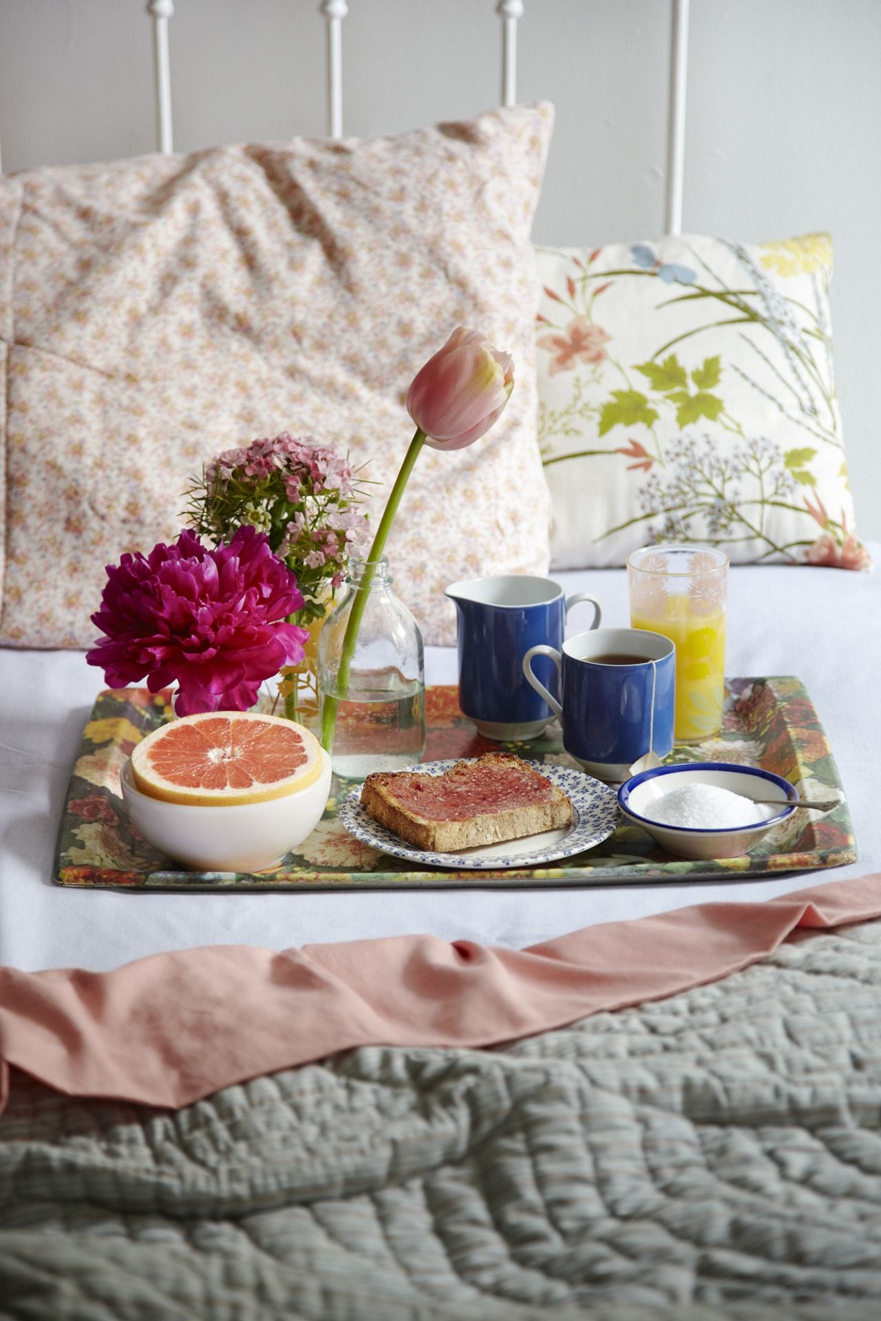 Breakfast in bed tumblr deliciousousness pinterest for Breakfast in bed ideas