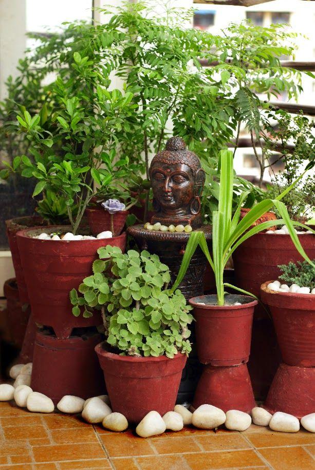 31 Excellent Garden Decoration Ideas India On A Budget Small Balcony Garden Garden Plant Pots Terrace Garden Design