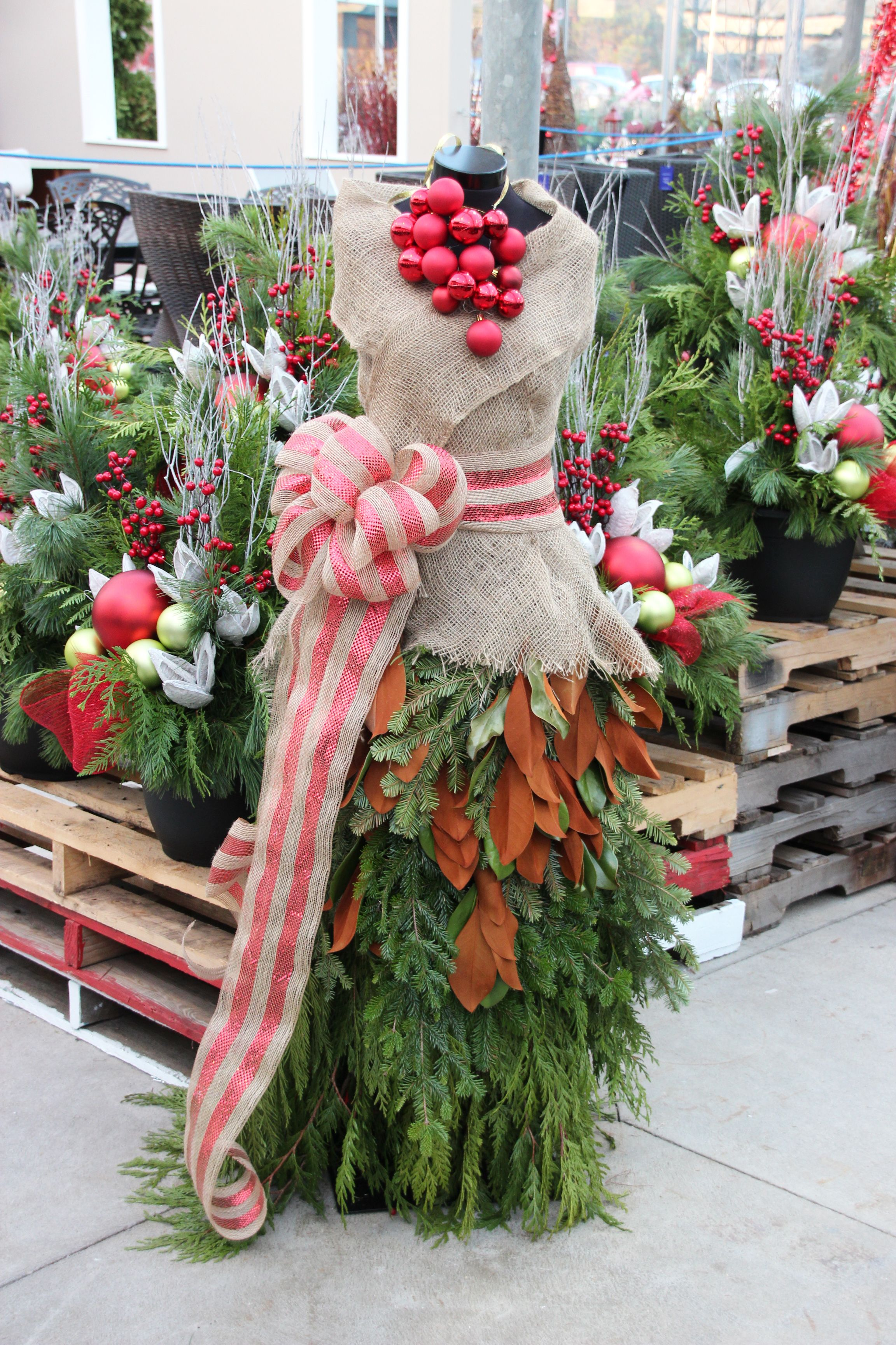 Christmas Outdoor Evergreens Made Into A Fashionable Holiday Dress