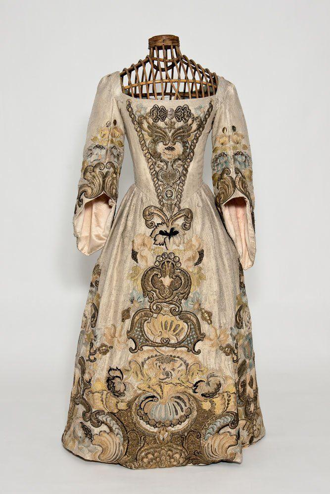 Old Style Kleider Um 1860 Kaufen