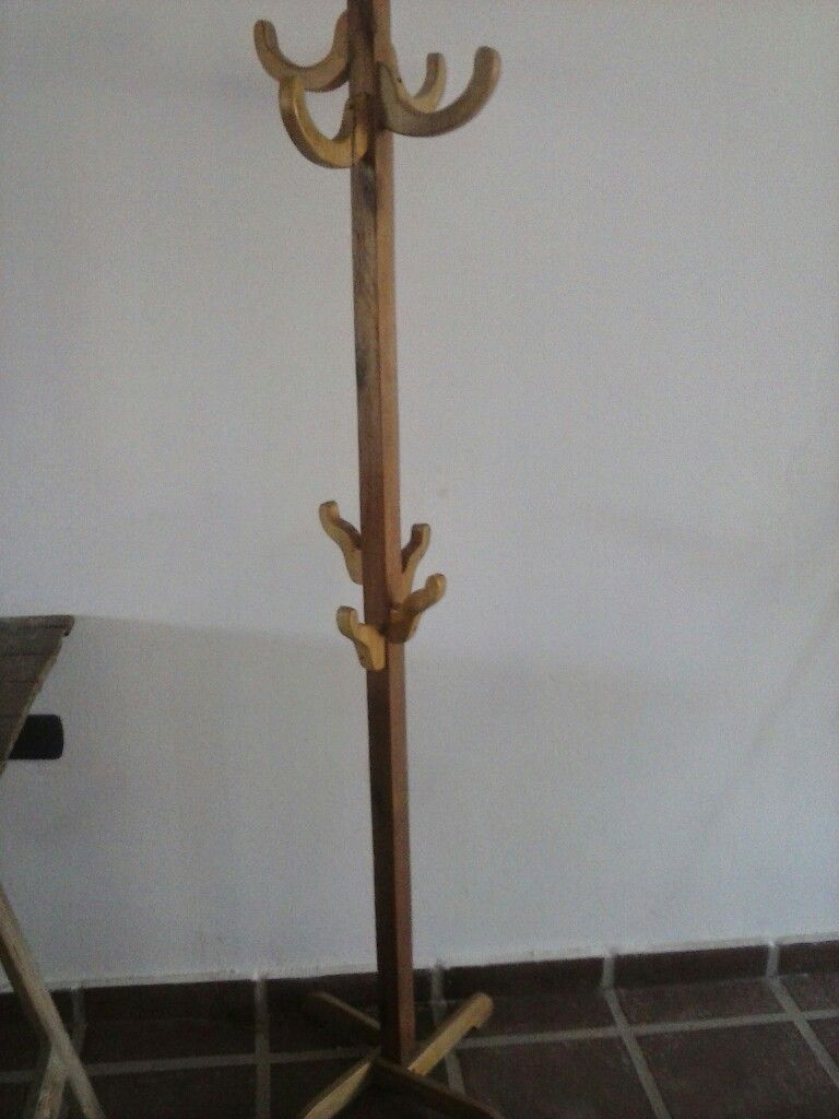 Perchero pie madera rusticos house en 2019 perchero - Percheros de madera rusticos ...