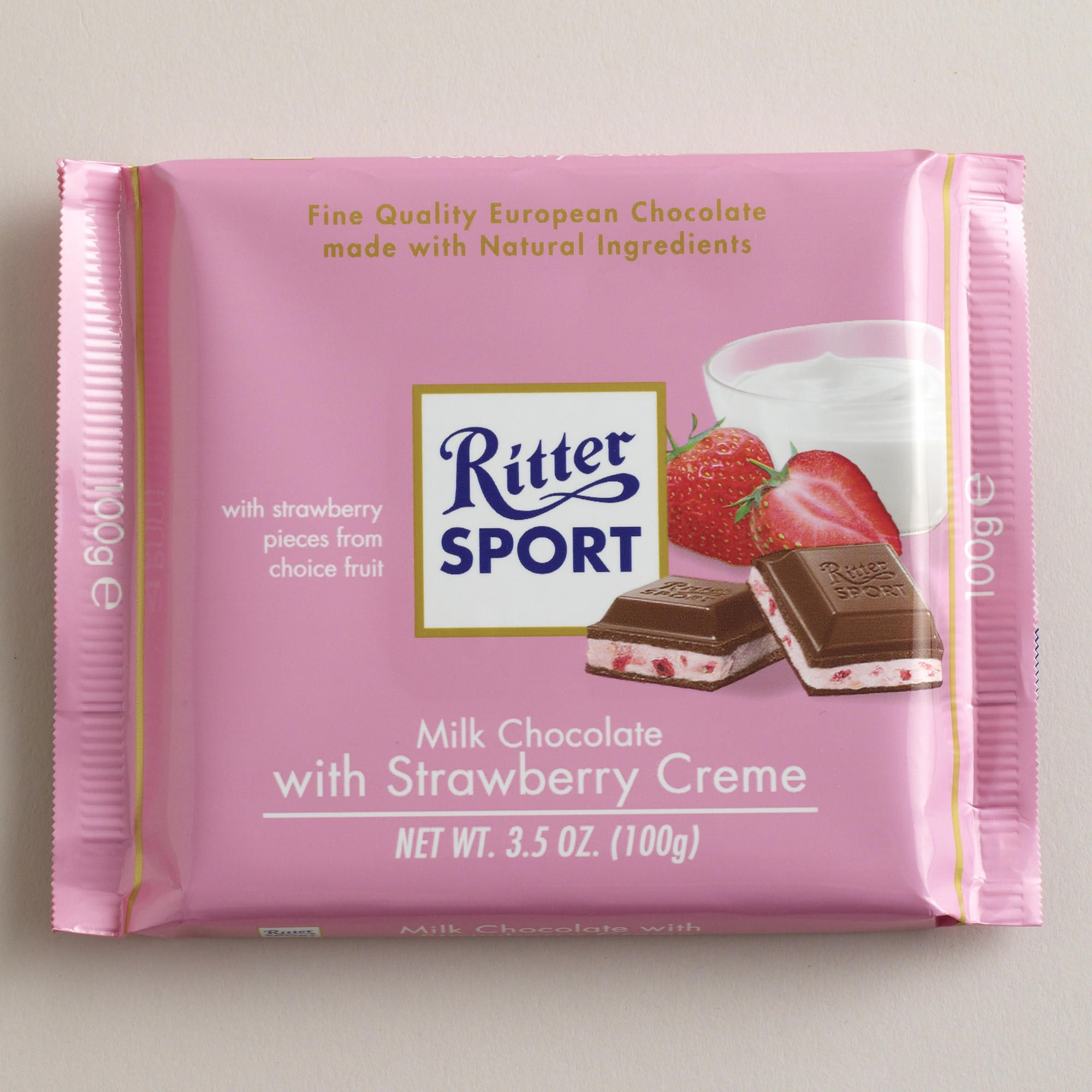 Ritter Sport milk chocolate with strawberry creme (avec