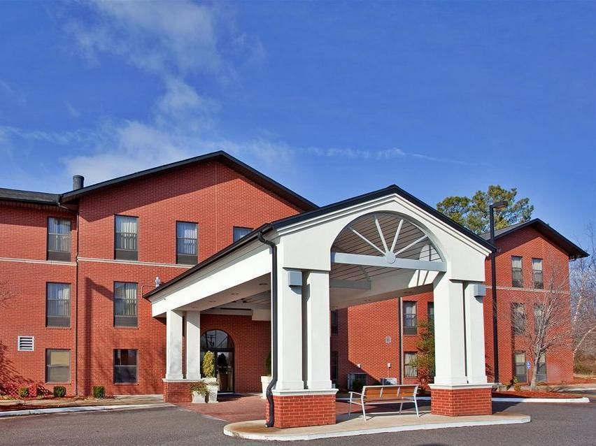 Batesville Ms Holiday Inn Hotels United States North America The 3