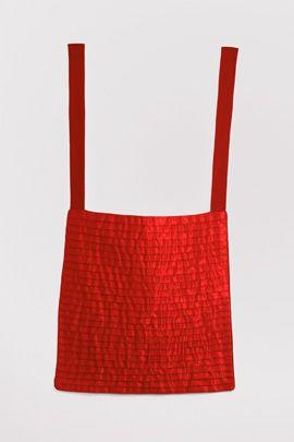 Martinho Patrício Sem título Untitled 2000 Fita de cetim e linho Satin ribbon and linen cloth 40 x 77 cm