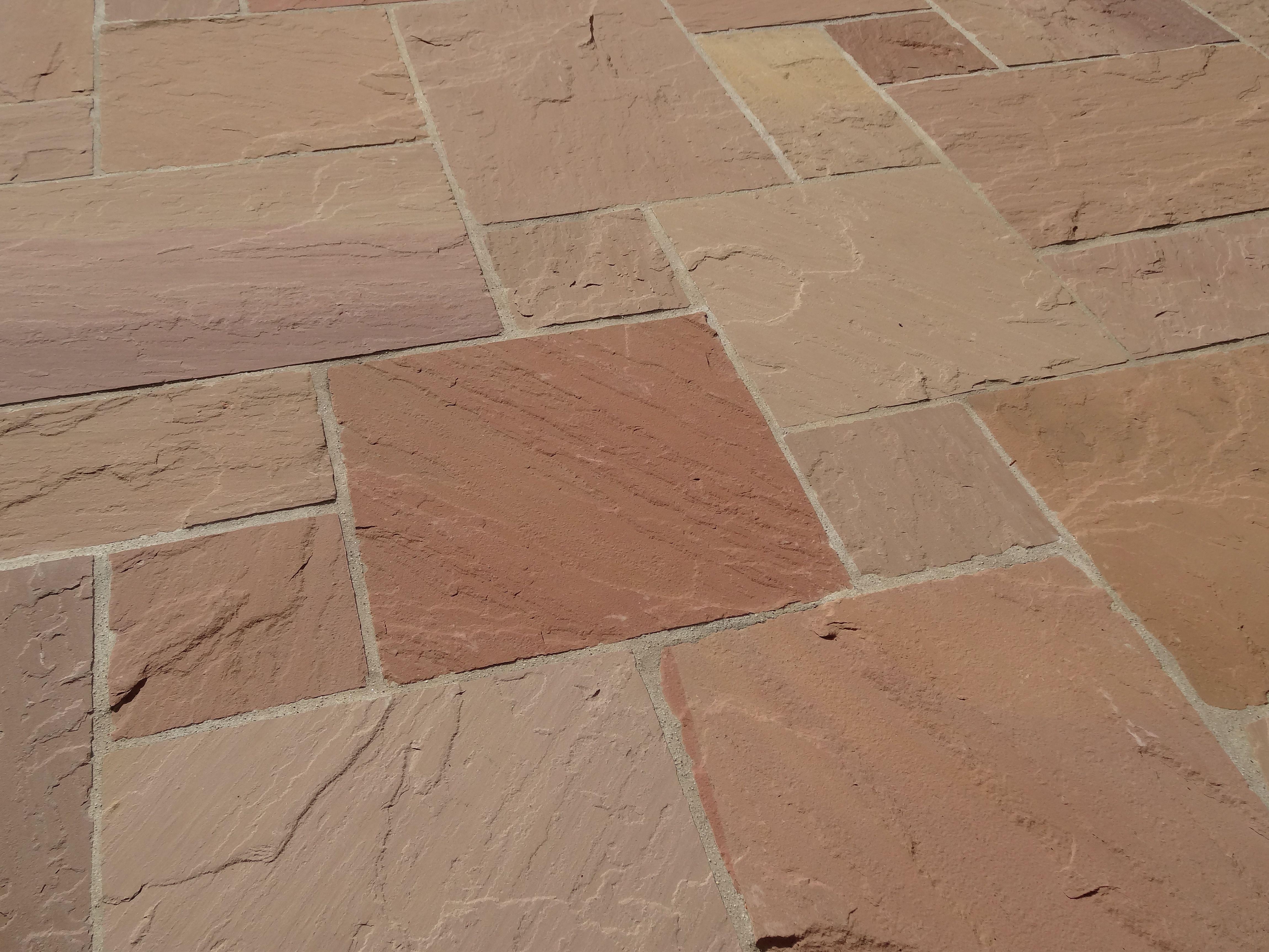 Der Naturstein Taucht Ihre Terrasse In Ein Farbspiel Das
