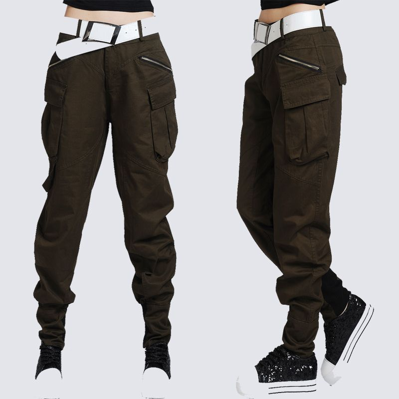 Pleated pants, the right way. olive green low waist capris, tomboy ...