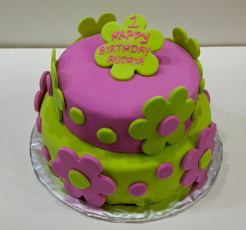 Birthday Cakes For Girls Age 7 Gabriela Cakes Pinterest