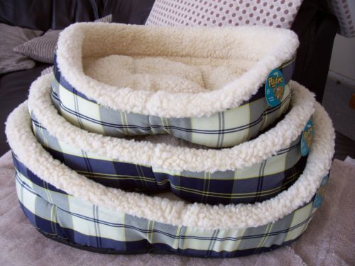 Blue Yellow Tartan BED With Synthetic Sheepskin Inner Comfy Approx 55x46cm | eBay